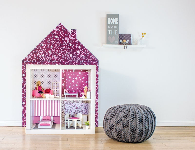 Ikea kallax dollhouse build this play house with the sticker for Ikea casa bambole