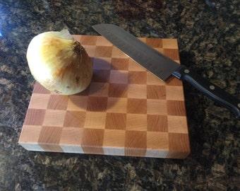 Checkerboard cutting board cherry/maple