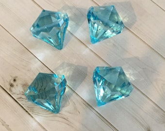 One (1) pc Chunky 30mm x 35mm TURQUOISE AQUAMARINE COLOR Acrylic Transparent Diamond Pendant Beads -1 pc (March Birthstone)
