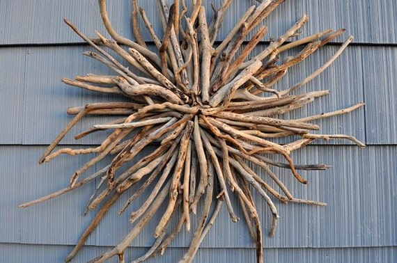 Sculpture en bois flott bois flott sunburst couronne murale for Sculpture murale bois flotte