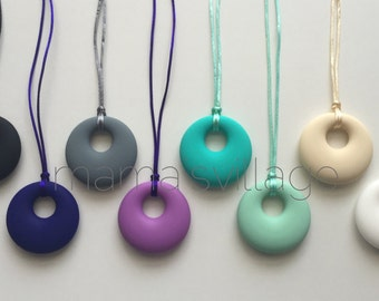 Silicone Nursing Necklace / Silicone Teething Necklace - Circle Pendant