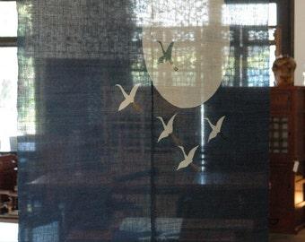 """traditional linen noren, door way curtain. flying cranes on blue. (WE05-30) 35""""W x 59""""L"""