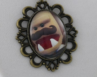 Foe the Destroyer: Roar - Cameo Necklace
