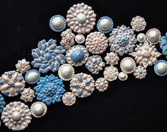 30+ Cake Bling Fondant Sugar Brooches for Wedding cakes/ Cake decorating vintage brooches/Cupcakes