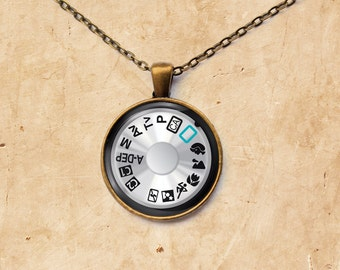 Photographer pendant Camera necklace Dial jewelry
