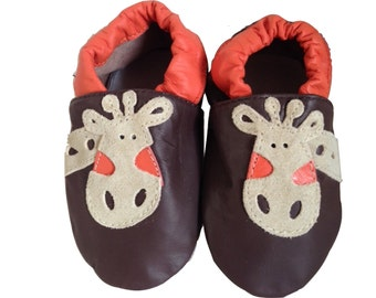 GERRY THE GIRAFFE. Superior soft leather baby shoes. Perfect shoes for perfect little feet. Little tip toes will love them.