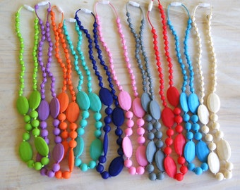 SALE!!! BPA Free Silicone 4 Oval Teething Necklace!! The BEST gift for someone or yourself!!