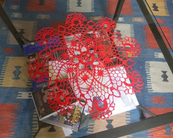 Crochet red center