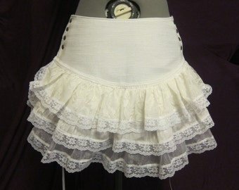 Size Medium Tutu -- White, Lace, Ruffle, Doll, Vaudeville, Circus, Burlesque, Bellydance, Burning Man, Costume, Steampunk, Bustle