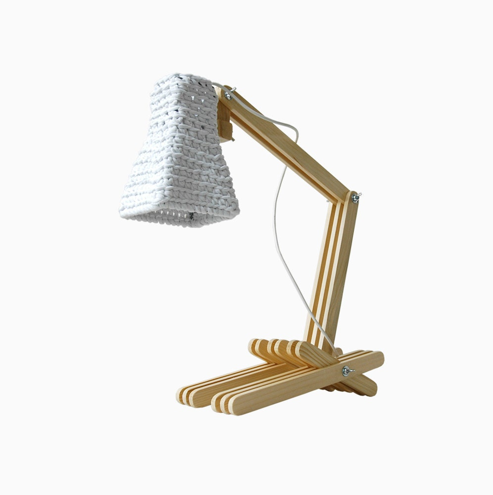 wooden table lamp kuubo with crochet shade modern desk light. Black Bedroom Furniture Sets. Home Design Ideas