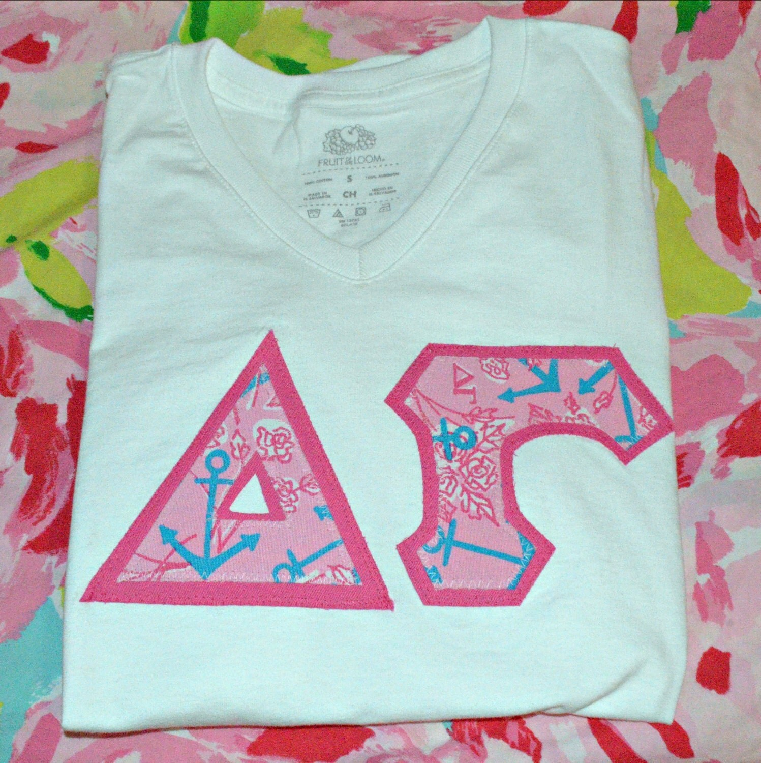 Lilly Pulitzer Sorority Letters Delta Gamma Lilly Pulitzer Letter Tee Shirt