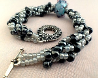 Bead Crochet Bracelet Silver Toggle Clasp and Lamp Bead Black Silver Gray Blue