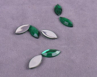Crystal Green Leaf Rhinestones 16mm - 250 Pieces (GR16GL-250)