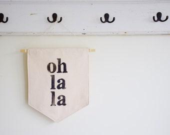 Hanging Banner Oh La La