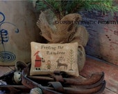 Primitive Feeding The Reindeer Pillow Tuck E Pattern PDF New Pattern