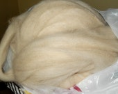 7.5 oz cream alpaca ROVING Poncho