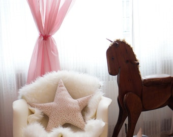 Large Metallic Star Pillow - Gold Stars
