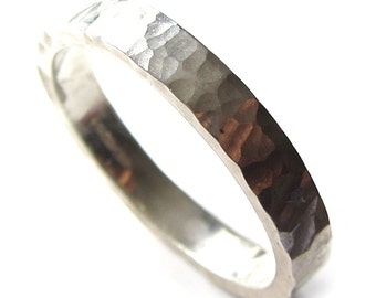 hammered wedding ring for men and women, 4 mm wide