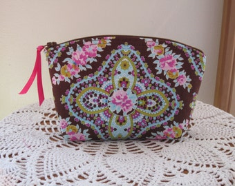 Essential Oils case Clutch Cosmetic Bag  Purse  Gift West Indies Bridesmaid Gift