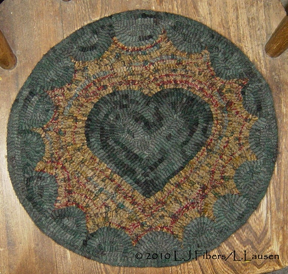 Items Similar To Prim Heart Chair Mat Rug Hooking Kit On Etsy