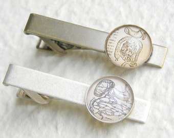 The Digestive Tract Vintage Anatomy Tie Clip Tie Bar - Featuring the stomach, colon, intestines, & liver -Great gift for Gastroenterologist