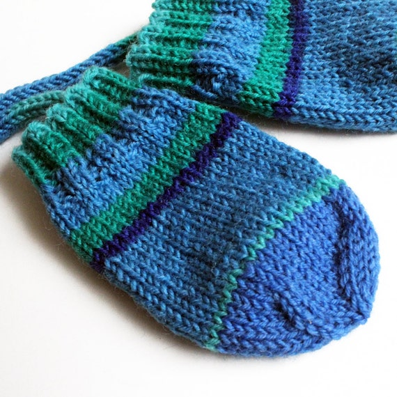 Knitting Pattern For Baby Mittens Without Thumb : Baby Mittens. Thumbless Mittens On a String. by BarkingDogDesigns