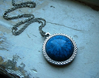 FREE SHIPPING Vintage Faux Turquoise and Indian Head Necklace