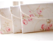 Shabby Chic clutch, Set of 3 4 5 6 Bridesmaid Gift Set, Bridesmaid Clutch Set, Wedding Party Favor, Shabby Chic for her, cosmetic bag, pink