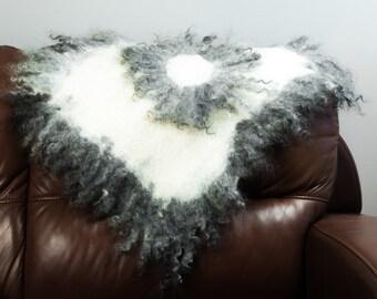 Felted Mat/ Rug Soft Grey Curl, Organic