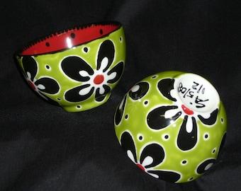 Pair of Teacup Bowls