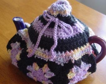 Granny square tea cozy.