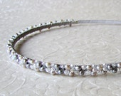 Silver Pearl Headband Crystal Hairpiece Jeweled Headpiece Grey Wedding Bohemian Chic Bridal Beaded Head Band Gray Bridesmaid Hair Accessory