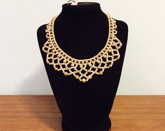 Vintage 60's pearl Bib necklace