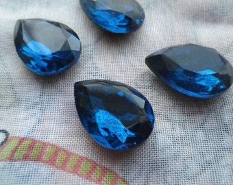Capri Blue 18x13mm Pear Glass Gems 4 Pcs