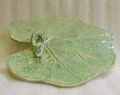Large Pottery Leaf Serving Platter or Decorative Leaf Tray in Iridescent Green