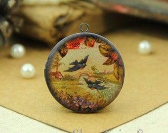 1pcs vintage bird Locket Necklace Antique Bronze Brass Photo Locket Bird Charm Pendant 32mm 25mm 20mm Locket - HLK001E
