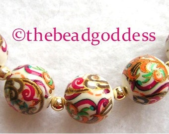 New Design 5 Beautiful Japanese Tensha Beads Deep PINK PAISLEY on WHITE