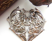 SILVER Large Victorian Floral Heart Stamping ~ Jewelry Antique Silver Finding (FC-10)