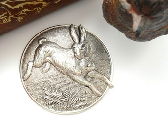 SILVER Round Vintage RABBIT Stampings  - Jewelry Ornament Antique Silver Findings (CA-3034)