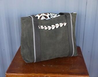 Leather Carry Bag / Tote Bag / Market Bag / Book Bag / Carry All