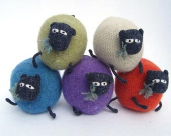 Cream Knitted Sheep Toy, Made in Scotland, Sheep gift, Scottish Gifts, knitted toy for sheep lovers!