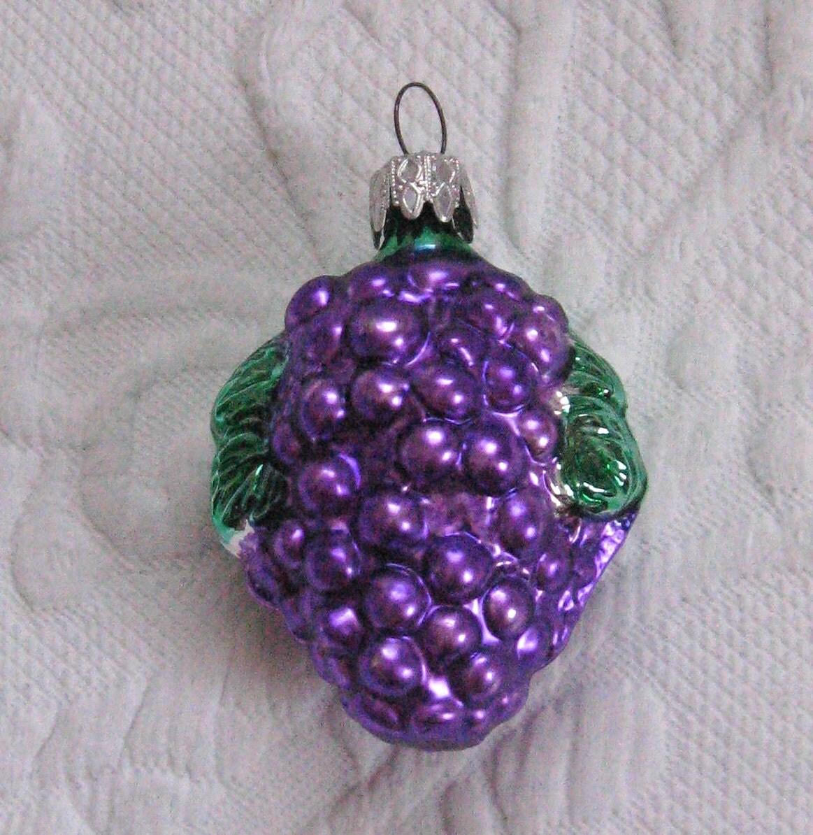 Purple Grape ornament . Glass Tree Ornament . made in West