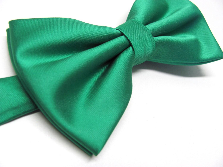 mens noeud papillon kelly vert meraude papillon vert. Black Bedroom Furniture Sets. Home Design Ideas