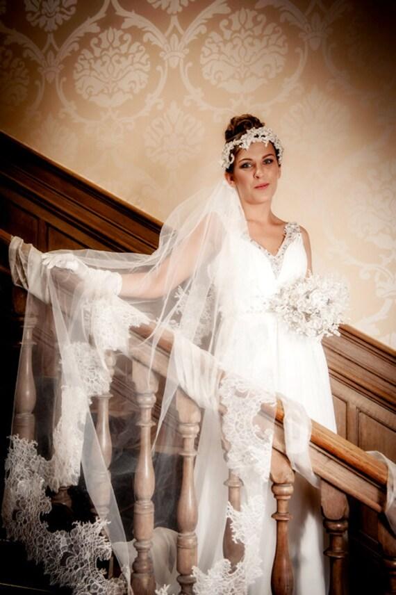 WEDDING VEIL JULIANNA, Circle Veil, One Tier Veil , Bridal Veil, Chapel Veil, Chantilly lace veil, made to order