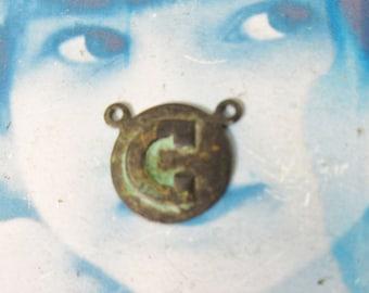Verdigris Patina Brass Art Deco Style Initial Charms Letter C 768VER x1