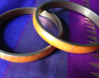 Real Retro, Fantastic Natural Shell Tinted Orange Inlaid Brass Bangles from Old Inda