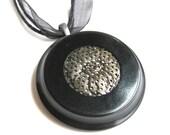 Vintage Pendant Necklace Black Button Flower