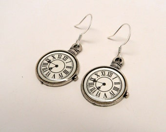 Steampunk earrings. Pocket watch earrings.