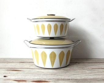 Giant Cathrineholm Yellow Green Dutch Oven Pot