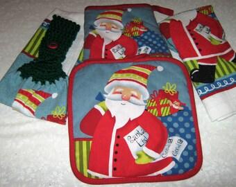 Kitchen Set 2 hanging towels & Pot Holder Oven Mitt Santa Green top